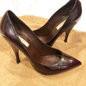 Marc Jacobs Classic pointed toe heels in oxblood